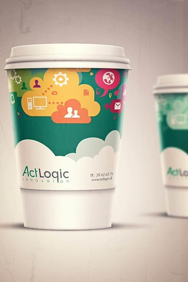 Kaffekrus med Actlogic logo og grafik