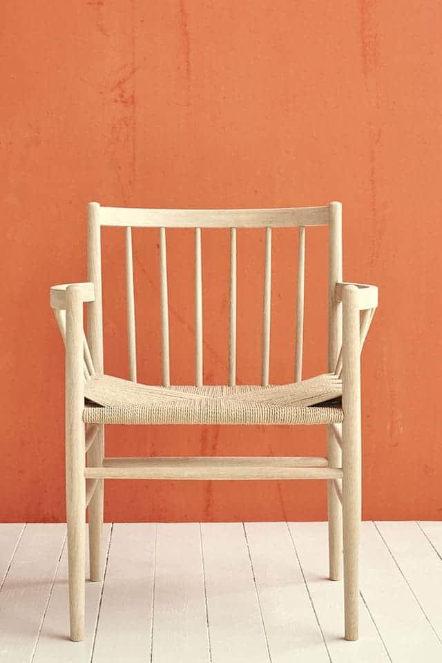 FDB møbler - Stol med orange væg